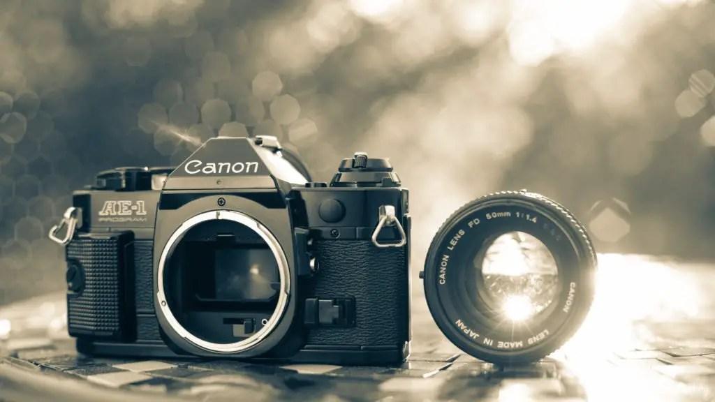 Canon AE-1 vs Canon AE-1 Program Camera Review 8