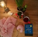 Yarn along - fularul roz