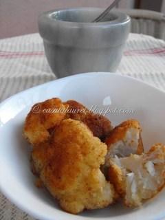 Conopida pane cu sos de usturoi