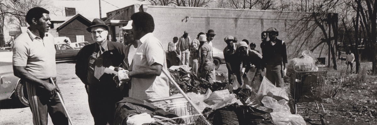 1981-02-22-Eastside Cleanup-JimmyRowanCapKPD-JamesWombleVPLoweryPres of US