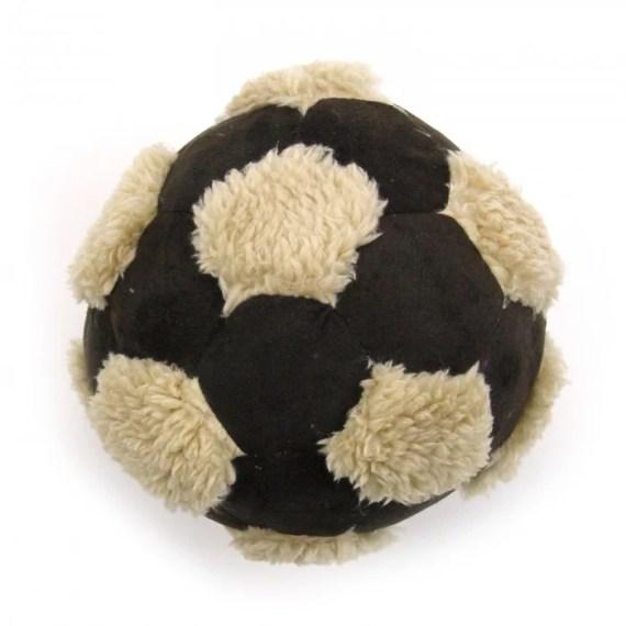pelota de futbol para perros en miraflores surco lima peru