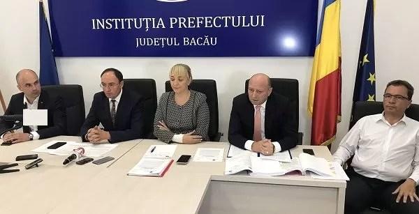 Gunoiul din Comănești pute în Bacău