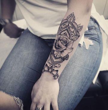 Algunas Ideas Y Diseños De Tatuajes Bellos Para Mujer