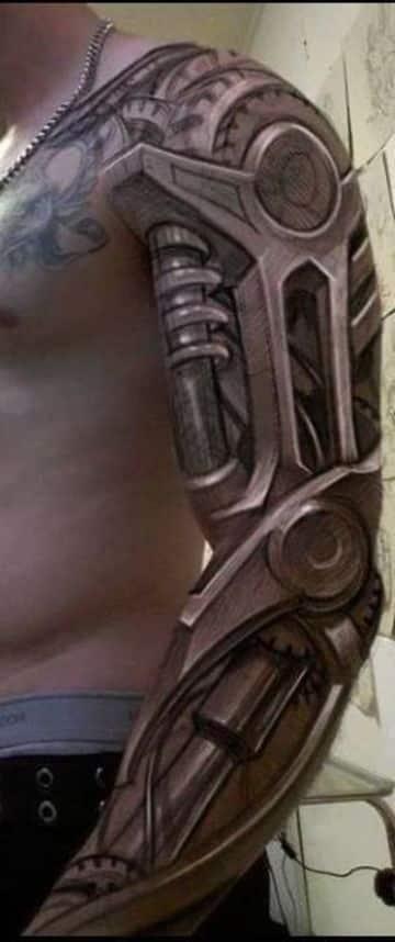 Asombrosos Detalles En Tatuajes Biomecanicos En El Brazo