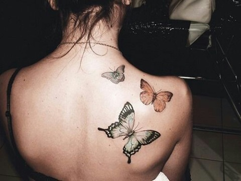 Diferentes Y Hermosos Tatuajes De Mariposas En La Espalda