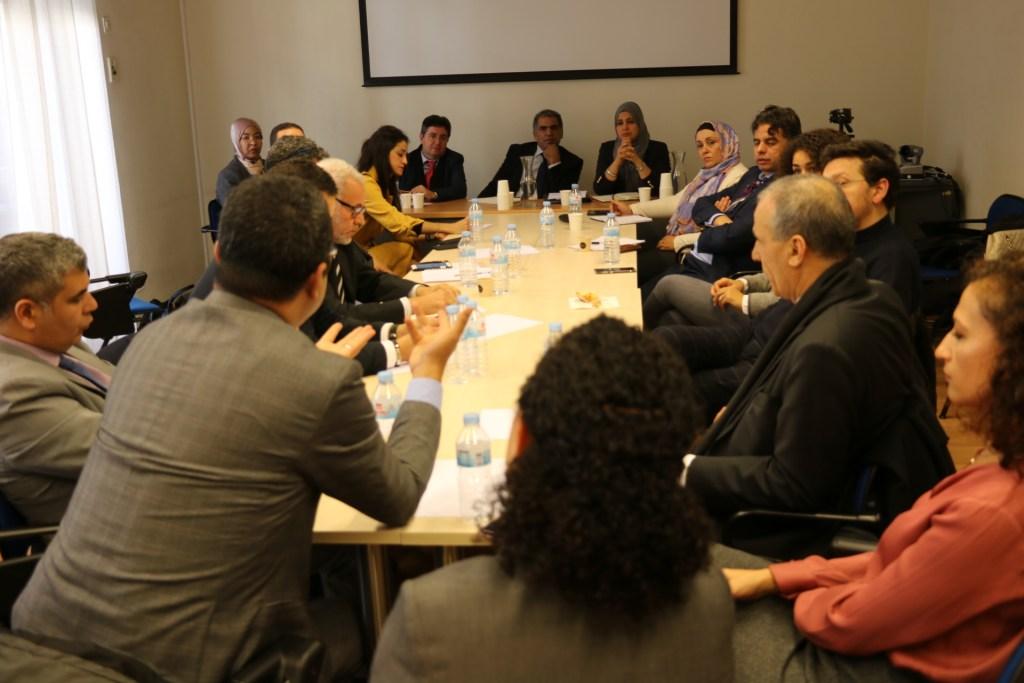 محاموا مغاربة العالم يشكلون جبهة للدفاع عن القاصرين ومحاربة الكراهية