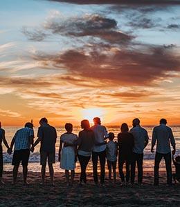 groupe de personne à la plage