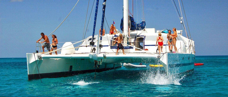Catamaran Girona charter