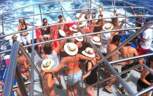 Fiestas en barco Platja d'Aro, una opción ideal para tu despedida de soltero