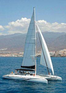 Catamaran Freebird Tenerife, excursiones en barco para grupos, familias, eventos corporativos y despedidas