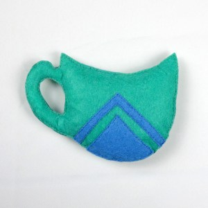 Cat Toy Green Triangle Teacup