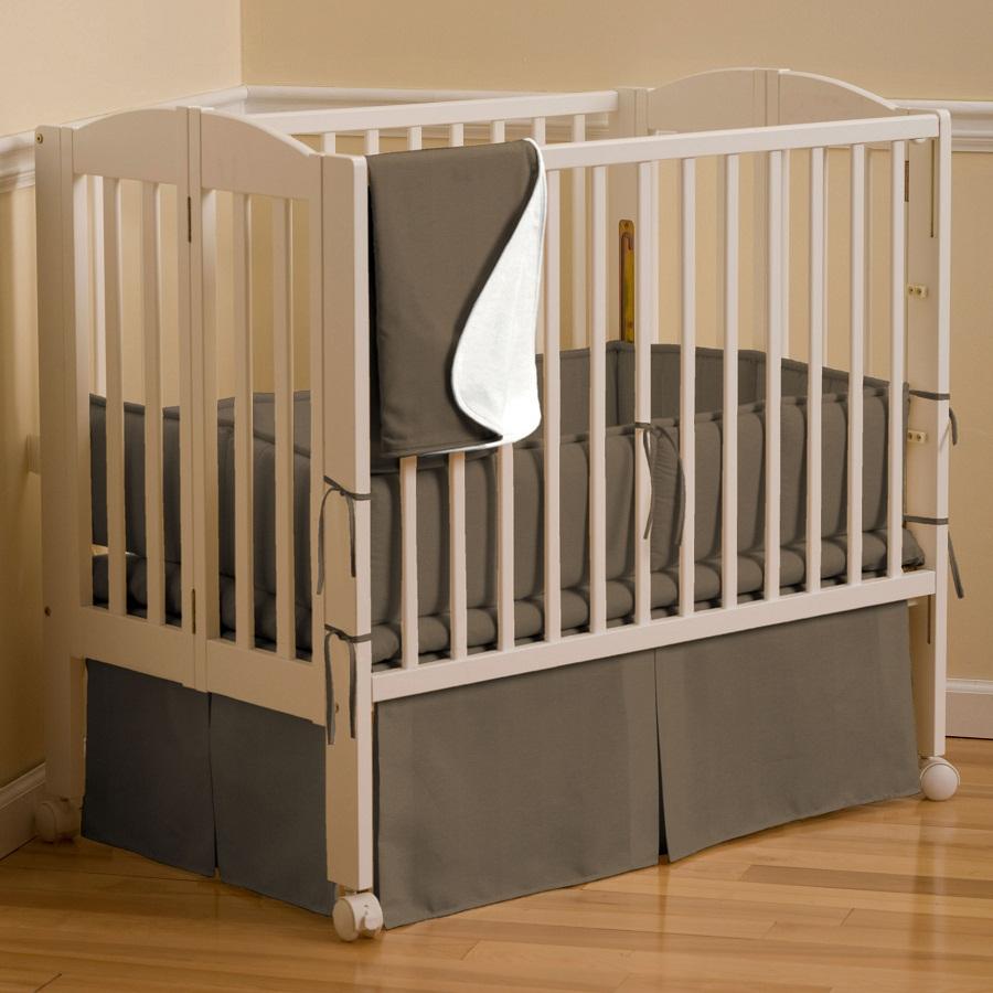cat-kayu-besi-untuk-tempat-tidur-bayi
