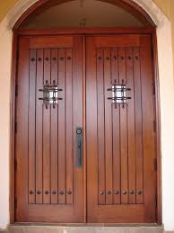 Cat Kayu Yang Bagus Untuk Pintu