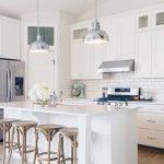 dapur warna putih