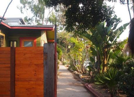 beckoning sidewalks