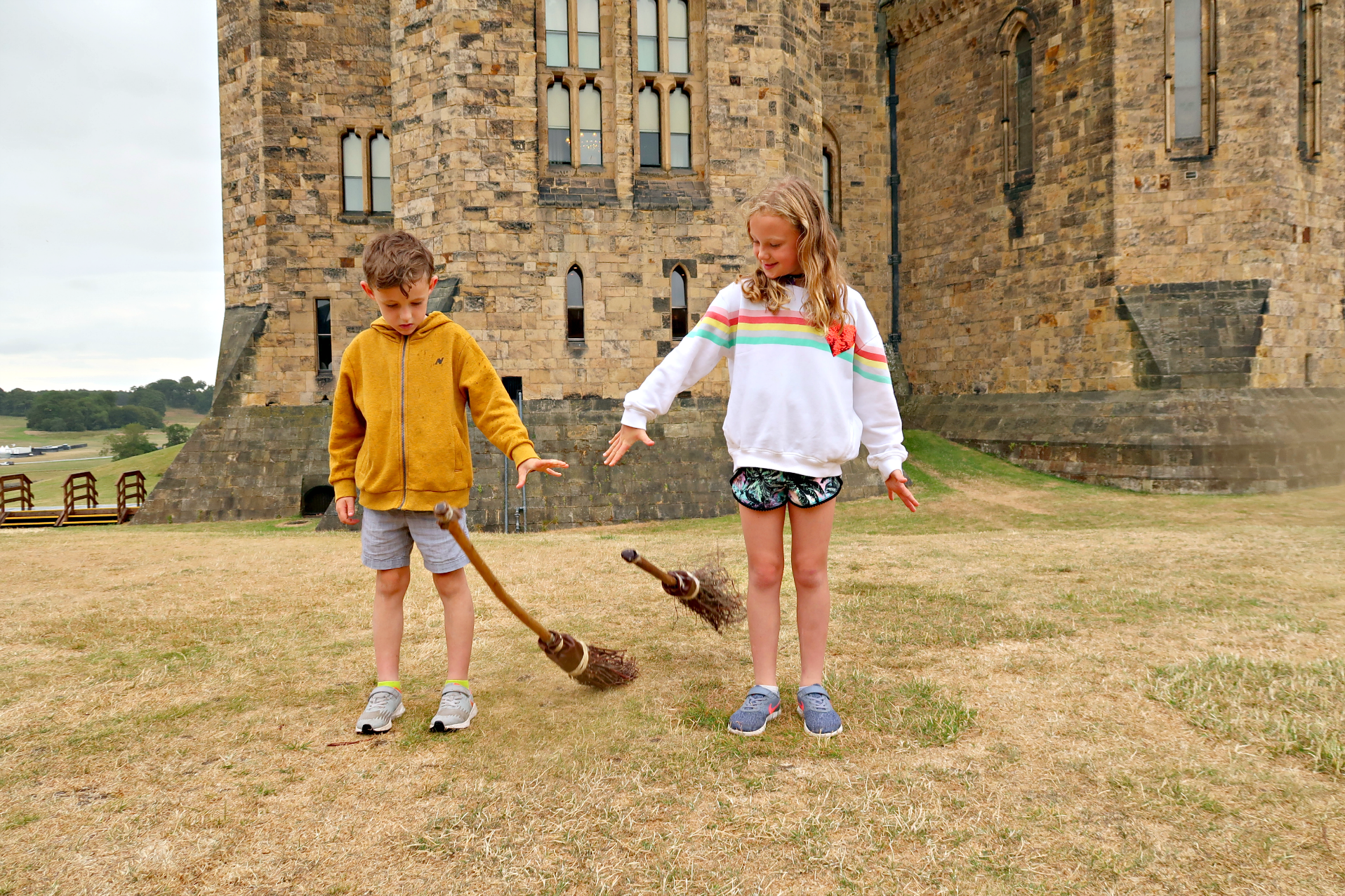 Calling broomsticks alnwick castle