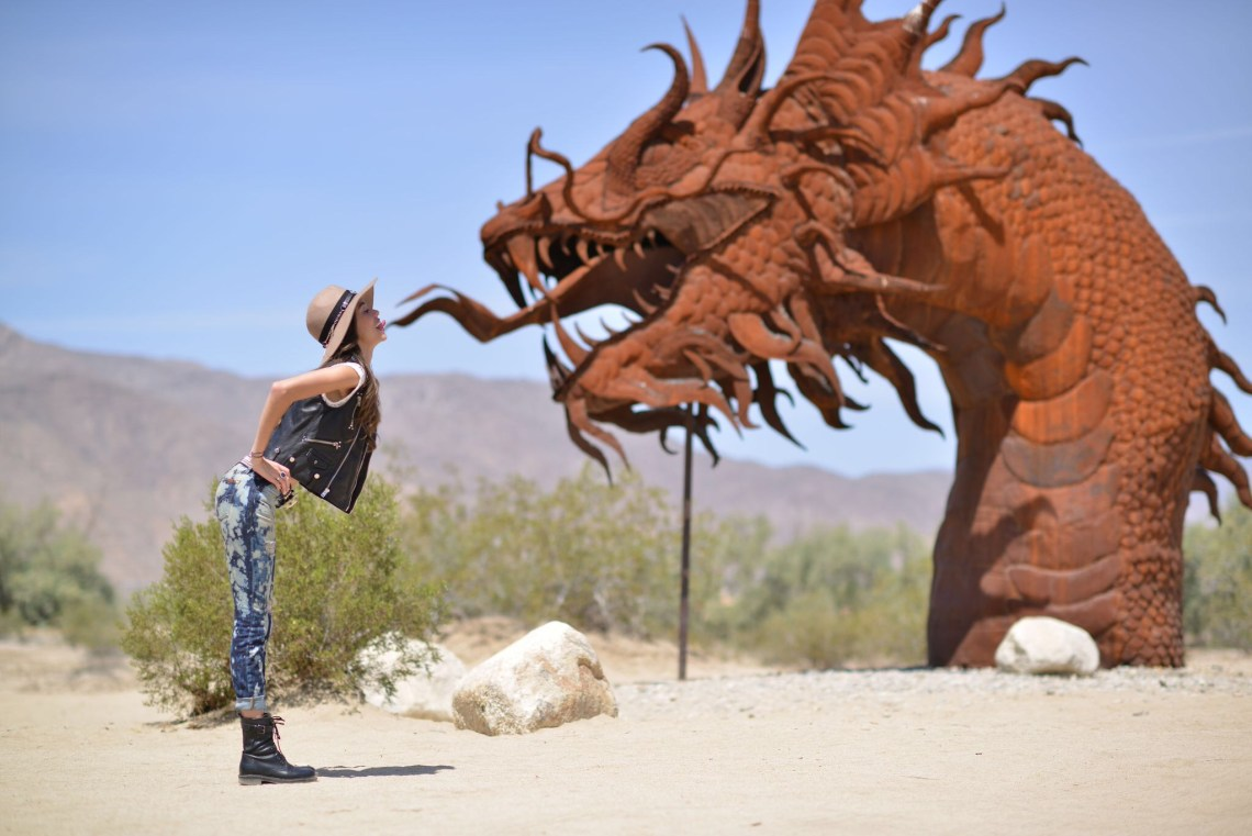 Coachella Thania Peck