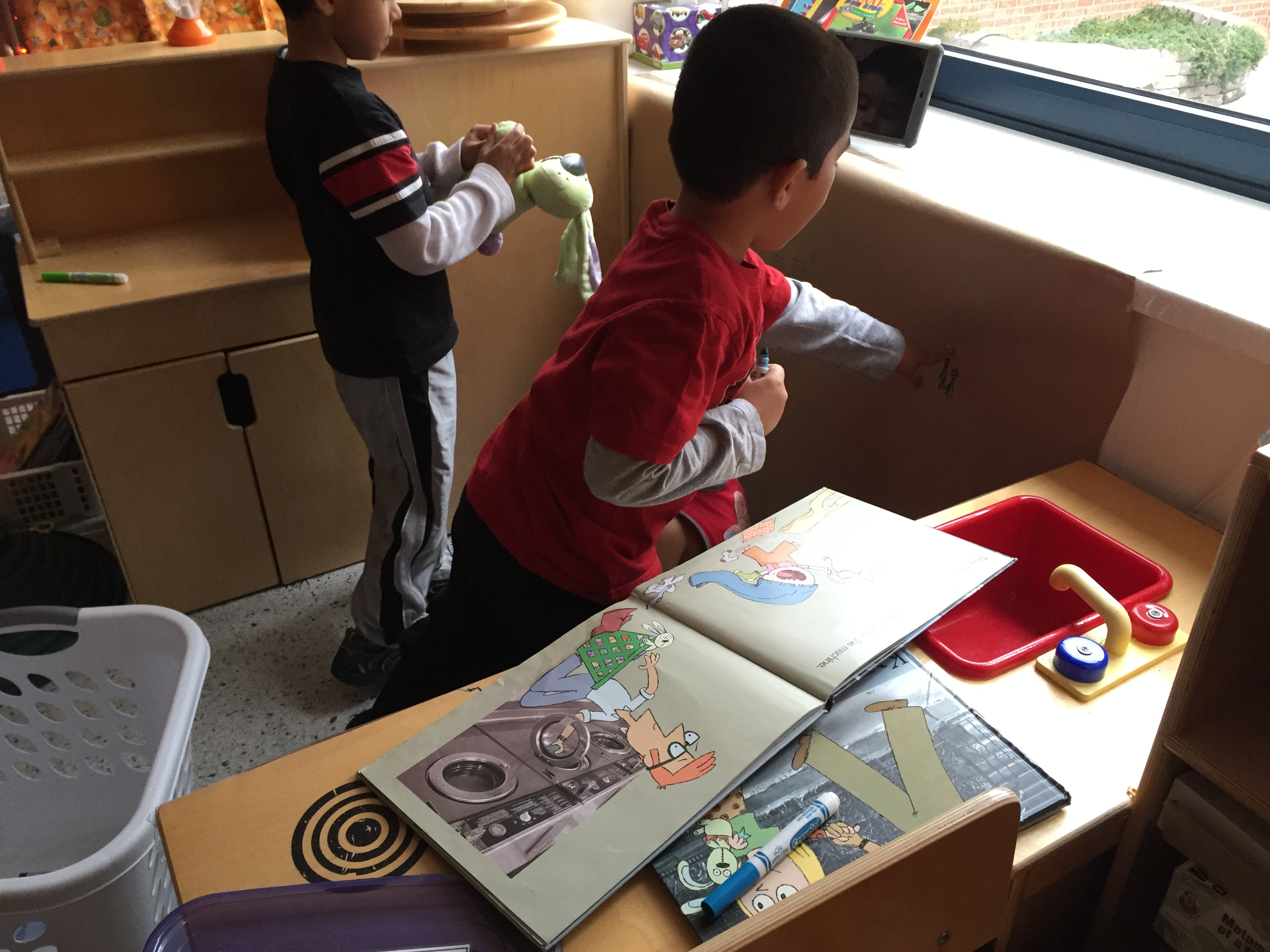 Should We Teach Kindergarteners To Read
