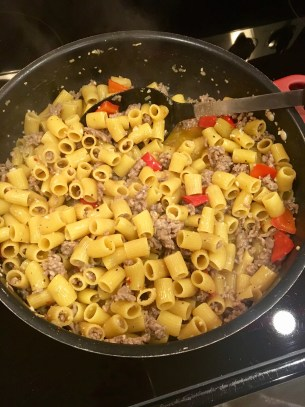One pot creamy Italian sausage and red pepper pasta