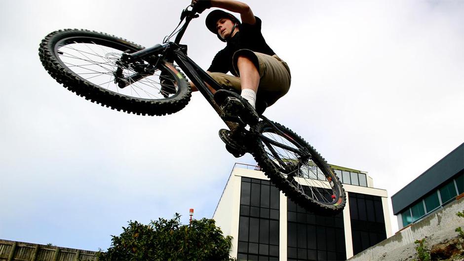 Impulsive Behaviors in Teenagers Could be Exploration. Image Source: Curiosity