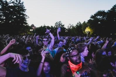 crowd-1531426_1920