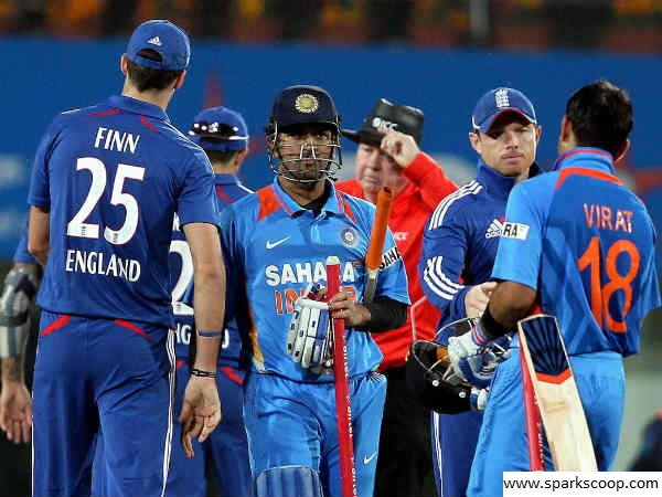 indian team reached top in ICC ODI rankings