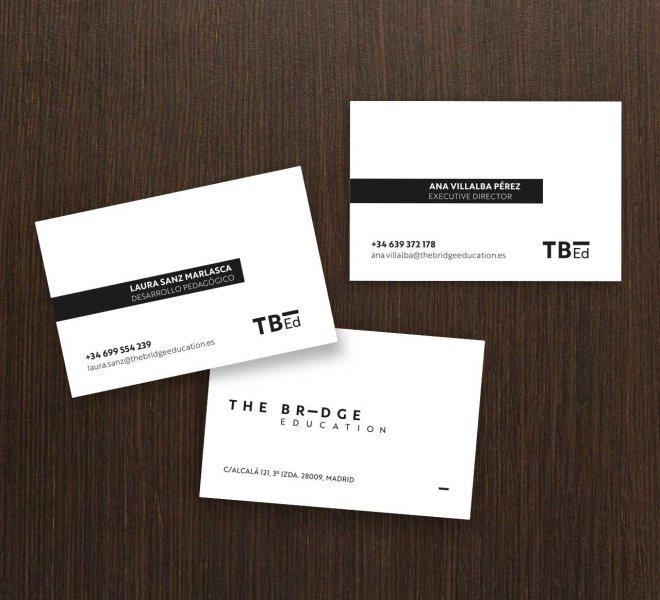 catchy-design-the-bridge-education-tarjeta