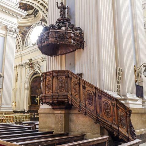 Altar-Mayor-Basilica-Pilar-Zaragoza-77