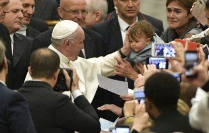 """Papa Francisco: Jesús nos enseña a rezar con el """"tú"""", y no con el """"yo"""""""