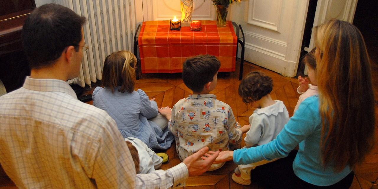 Rezar en Familia en el Domingo de Pentecostés