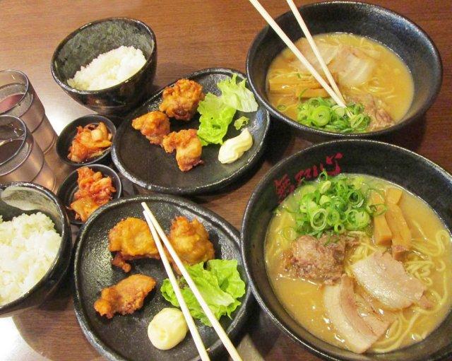 cena-a-base-di-rame-cibo-giapponese-Tokyo-Giappone-Japan-Asia-1024x819