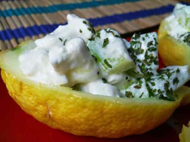 Il finger food salato si sposa con la frutta 1