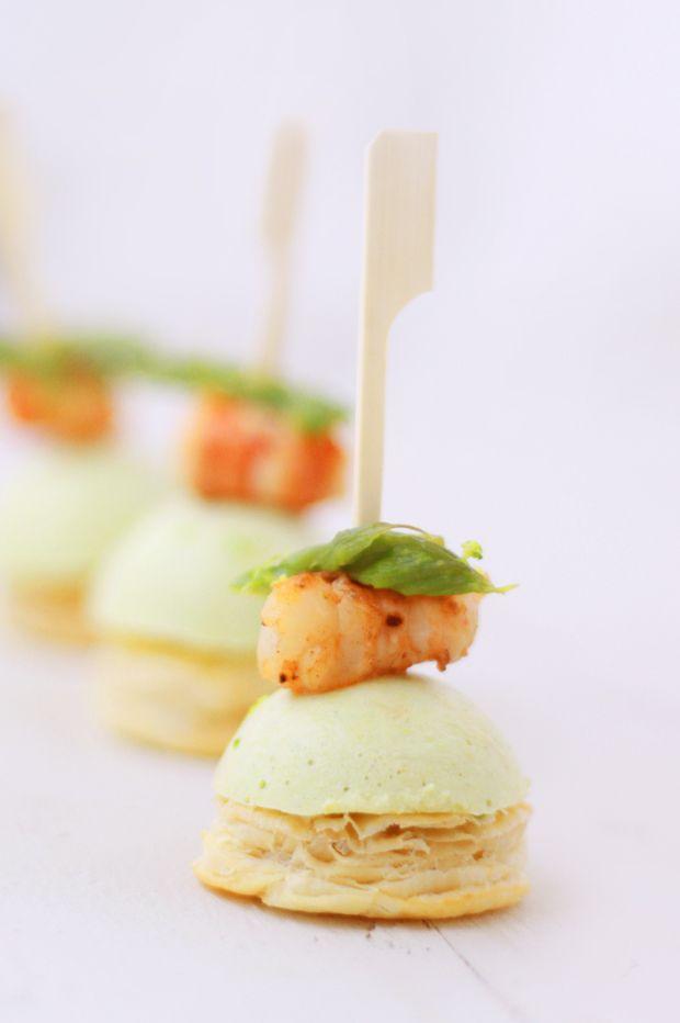 Aperitivo gourmet amuse-bouche-crema-di-asparagi-e-gambero