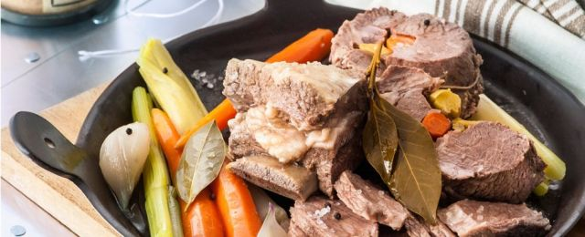 Cucina Lombarda Bollito misto alla milanese