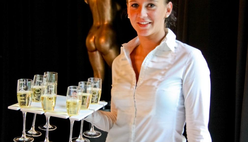 Champagner im Flying Service zum Catering in Berlin.