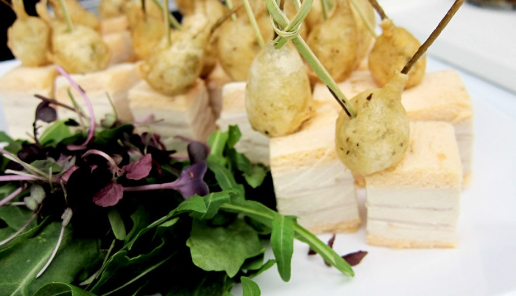 Flying Fingerfood mit italienischen Spezialitäten.