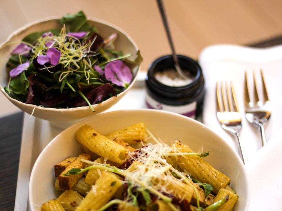 Veganes Catering zum Lunch während der Paris Fashion Week