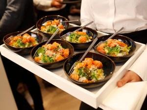 Shiso Salmon Bowls im Flying