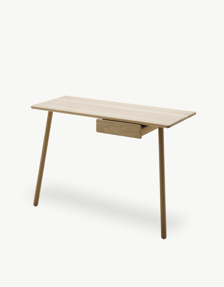 Georg desk by Chris Liljenberg Halstrøm for Skagerak