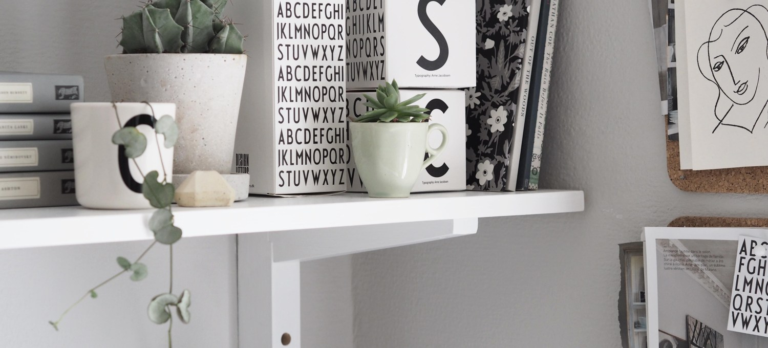 A light, summer workspace with Design Letters
