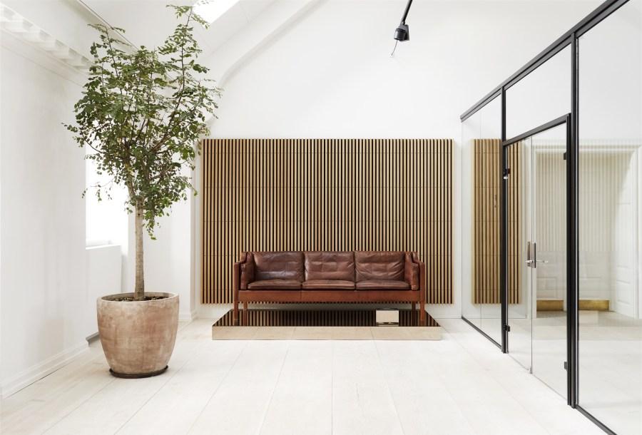 Fredericia's new rooftop showroom in Copenhagen - light spaces - minimal design - mid-century furniture design
