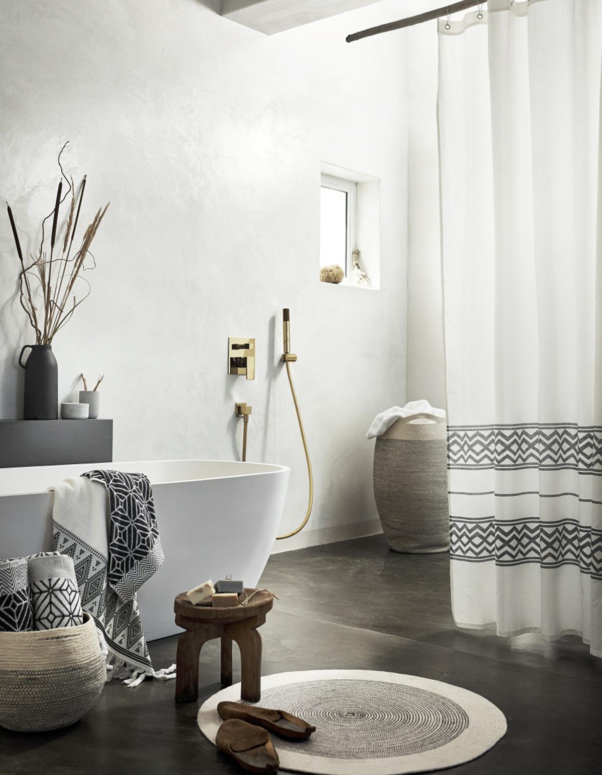 Fuite Robinet Lavabo Salle De Bain ~ Hm Home Design Beautiful Gold Accents At Hum With Hm Home Design