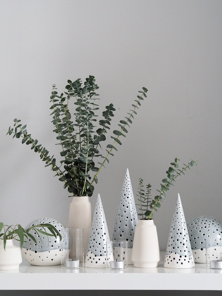 Simple, Scandinavian Christmas decorations with Kahler