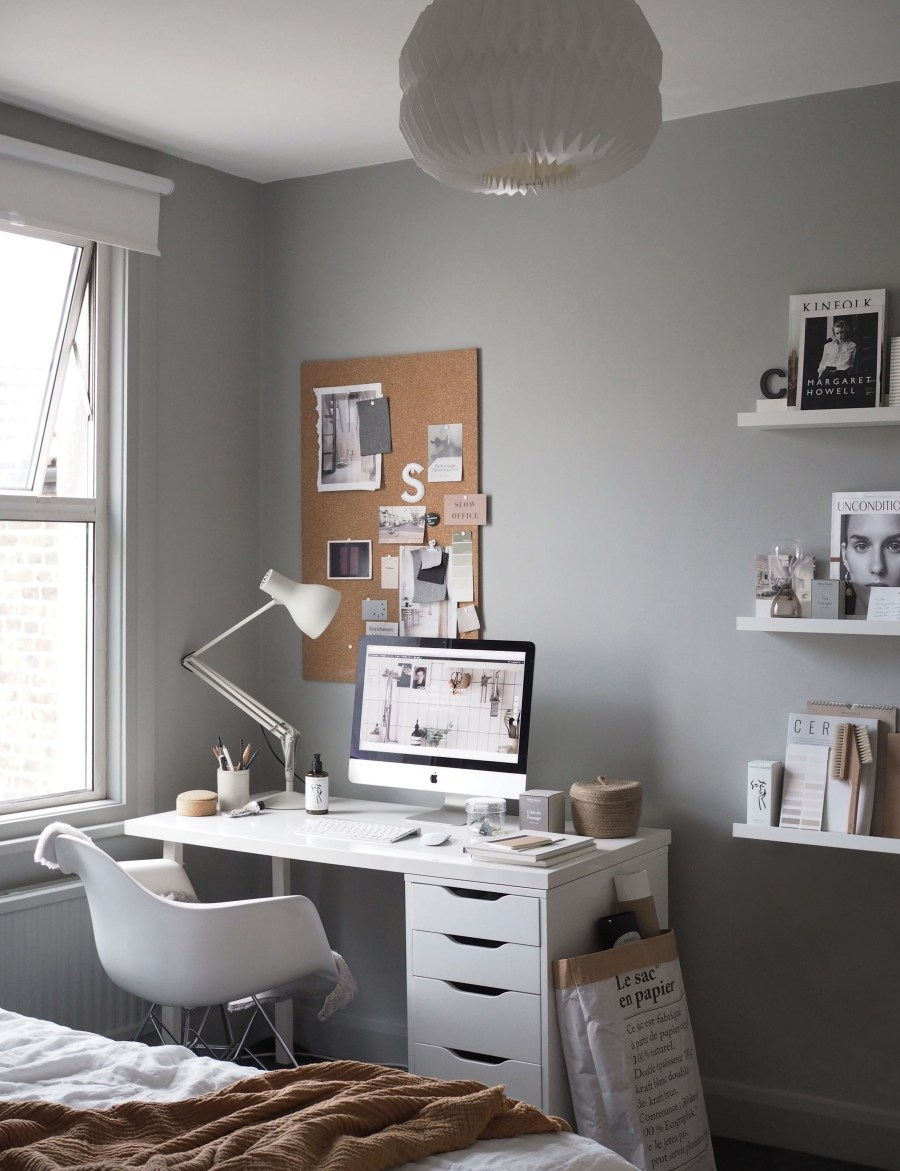 14 Of The Best Minimalist Desks For The Simple Home Office,Sketch Architecture Art Design