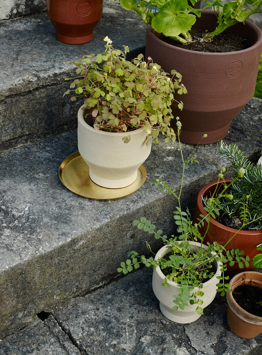 20 of the best minimal plant pots and planters - image: Skagerak