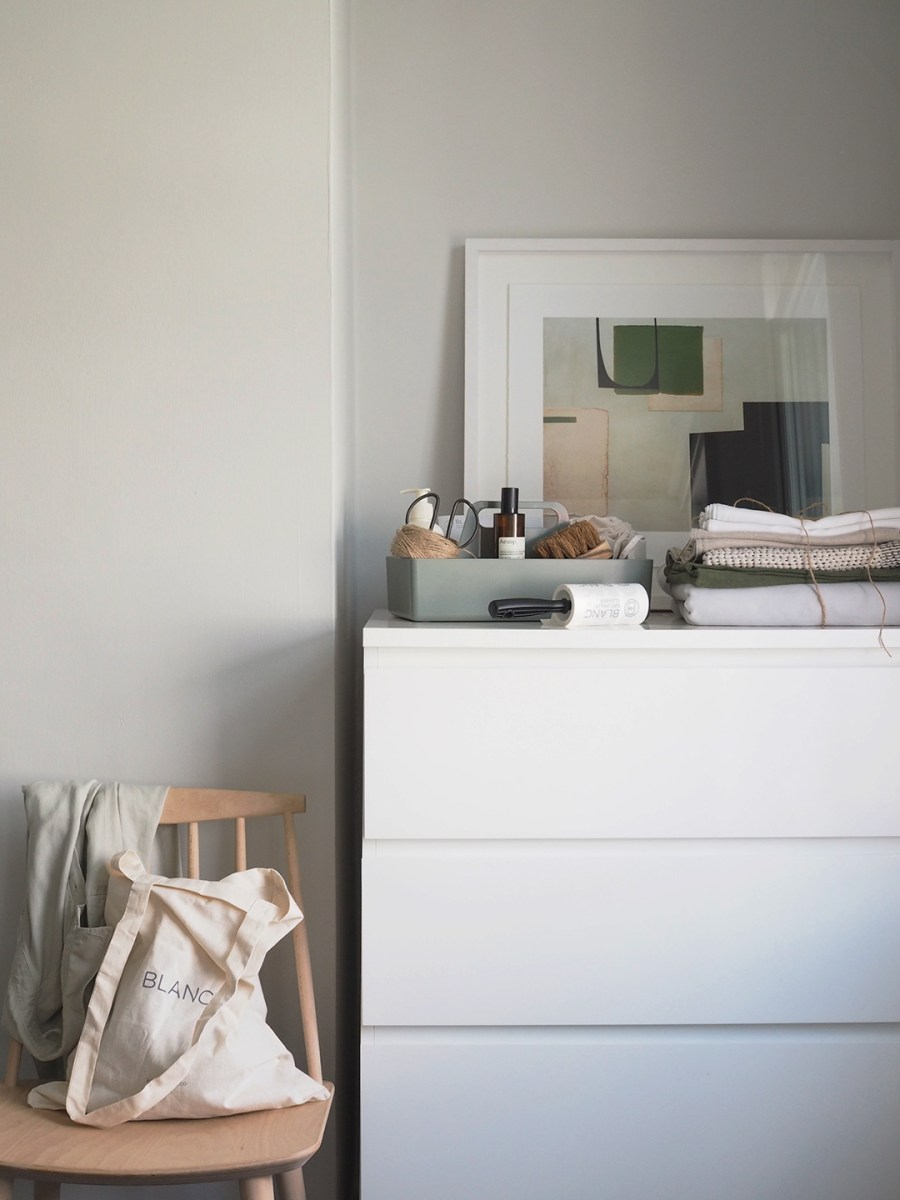 Fresh laundry - French linen bedding - How to care for your bed linen, with eco-friendly dry cleaners BLANC London [AD]