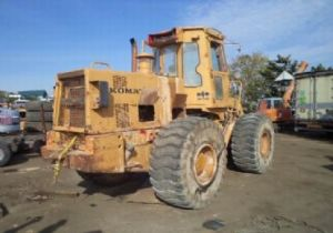 Komatsu W90-3 Wheel Loader Service Repair Workshop Manual DOWNLOAD