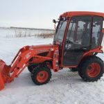 Kubota B2320 B2620 B2920 B2320 Tractor Operators Guidebook