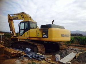 Komatsu Pc300-7e0 Excavator Repair Workshop Service Manual
