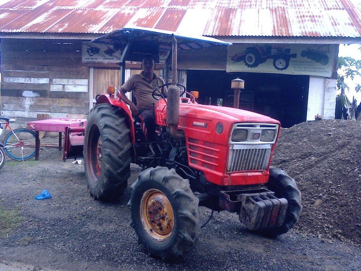 Yanmar YM330, YM330D Tractor Parts Manual